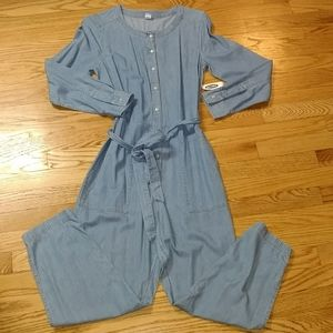NWT Old Navy utility chambray jumpsuit small